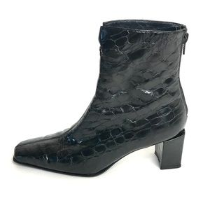 STUART WEITZMAN Ankle Boots Embossed Alligator 7